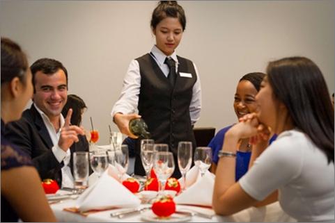 Sơ cấp nghề Nghiệp vụ nhà hàng